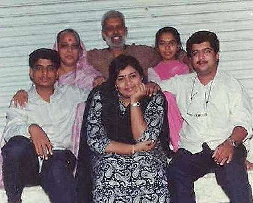 bakul family photo