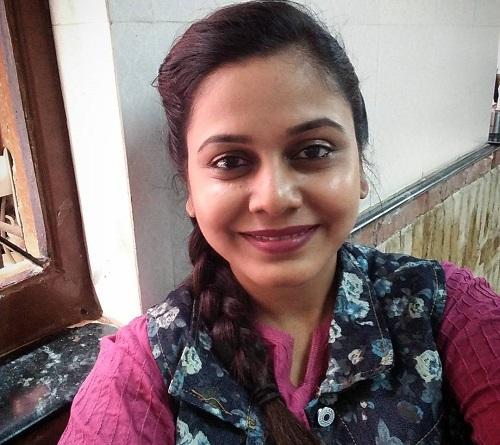 famous actress hemangi kavi