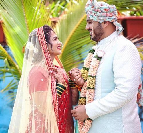 actress ruchita jadhav wedding pic