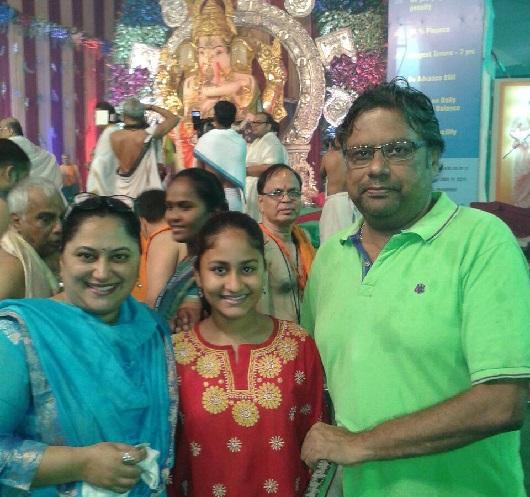actor sanjay mone family