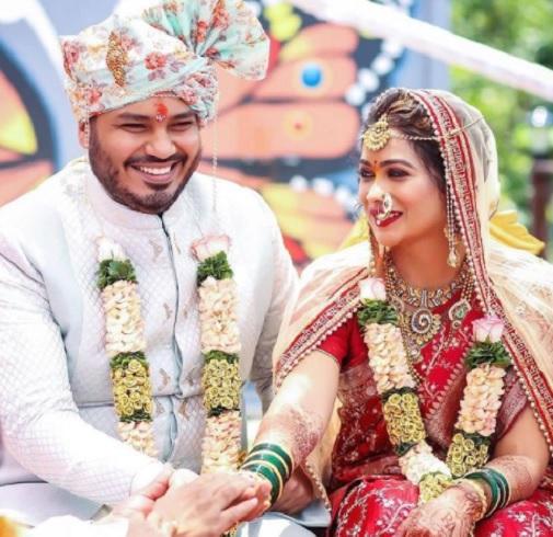 actress ruchita wedding pic