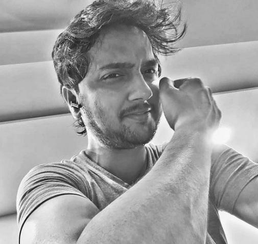 yogesh sohni actor