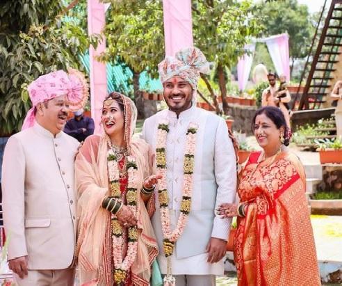 ruchita jadhav family