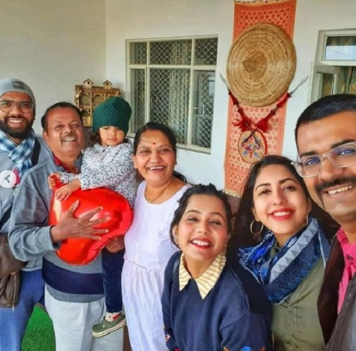 vaibhav nimbalkar family