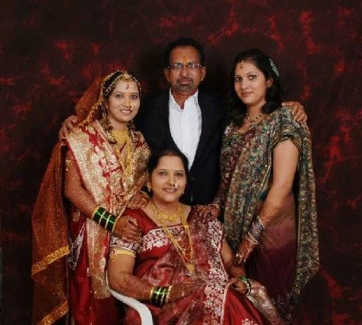 actress pushpa chaudhari family